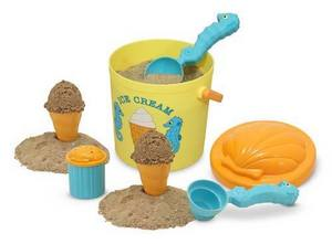 Giveaway: Melissa &amp; Doug Speck Seahorse Sand Ice Cream Set