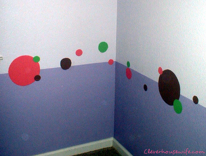 Paint Polka Dots For a Girls&#8217; Room