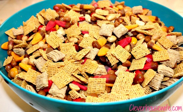 Autumn Trail Mix – Best Trail Mix Ever
