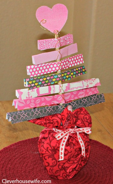 Valentine&#8217;s Day Tree Craft