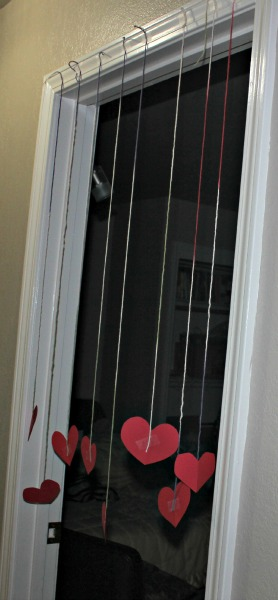 Hanging Hearts for Valentine&#8217;s Day