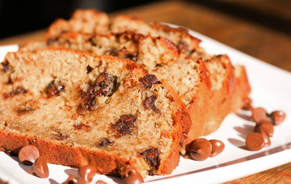 Peanut Butter Chocolate Chip Banana Bread - Clever Housewife