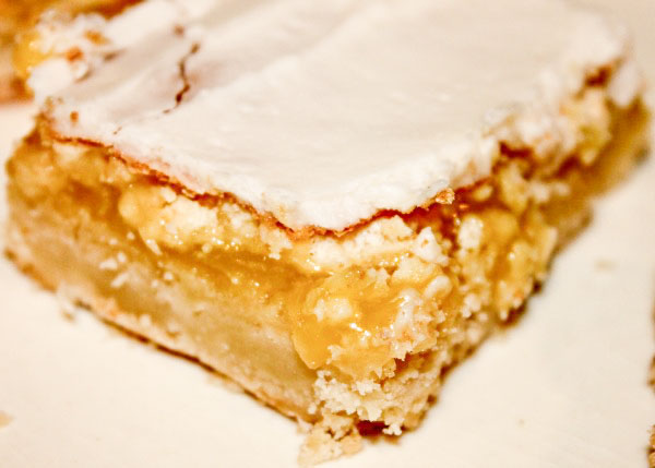 Frosted Lemon Bars - fav lemon bar recipe