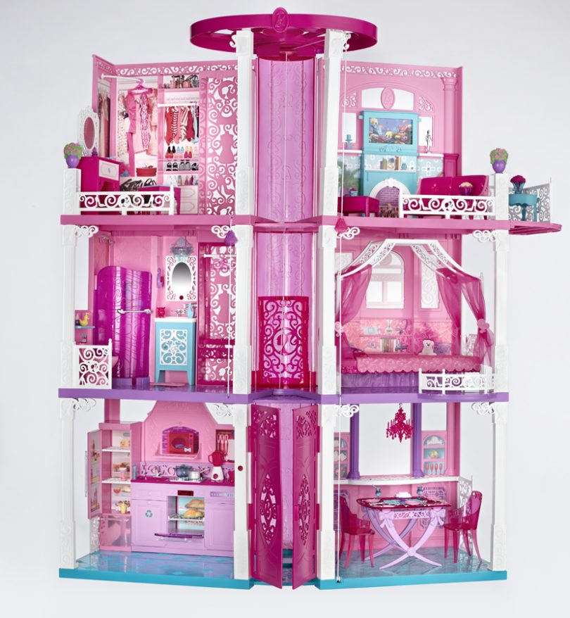 Living Large At The Barbie Dreamhouse Clever Housewife
