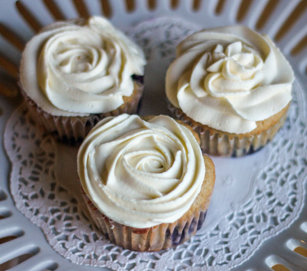 Lemon Blueberry Cupcakes with Lemon Mascarpone Frosting