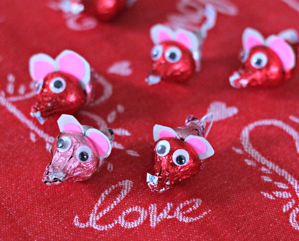 Chocolate Mice Valentine Craft