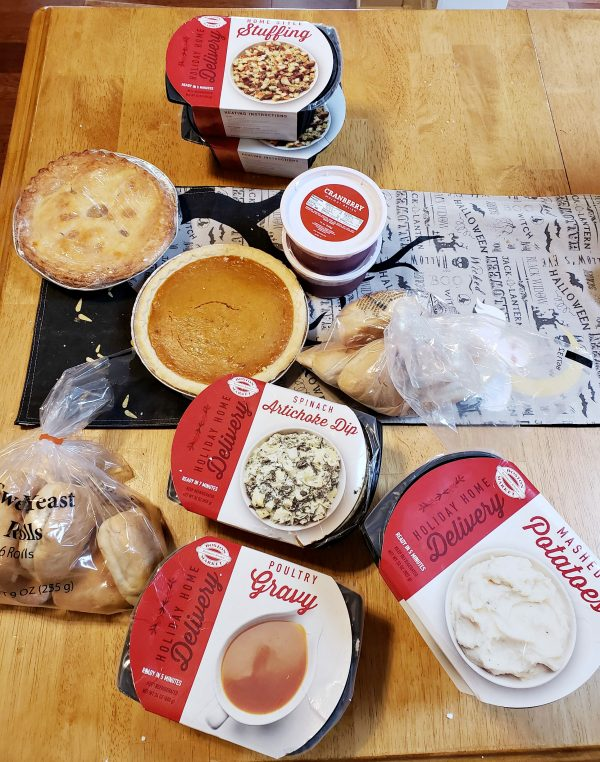 Stress-free Thanksgiving Dinner with Boston Market Thanksgiving Home Delivery