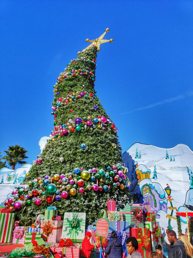 Christmas At Universal Studios Hollywood.How To Make The Most Of Holidays At Universal Studios