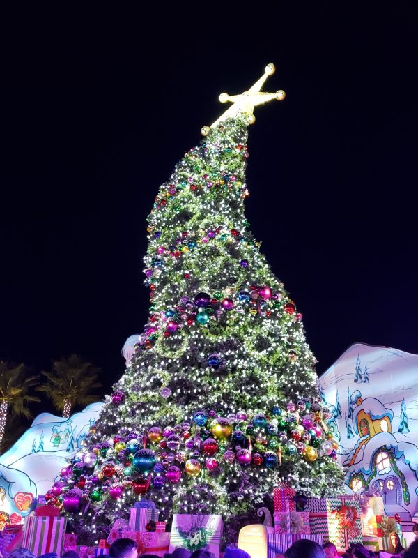 How to Make the Most of Holidays at Universal Studios Hollywood