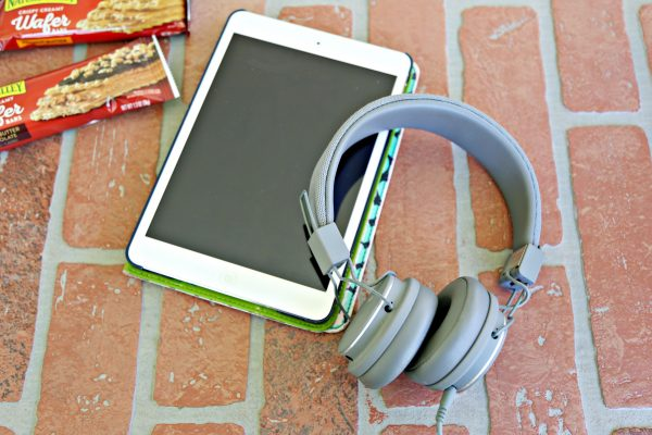 Headphones and Tablets are Road Trip Must-Haves for Teens and Tweens