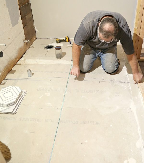 How to mark the center of a room for tile with Chalk Line