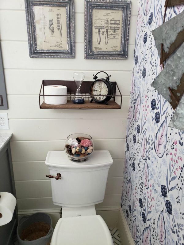Farmhouse Chic Toilet