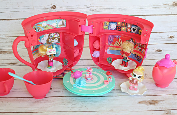 It's Here: Itty Bitty Prettys Tea Party Playset