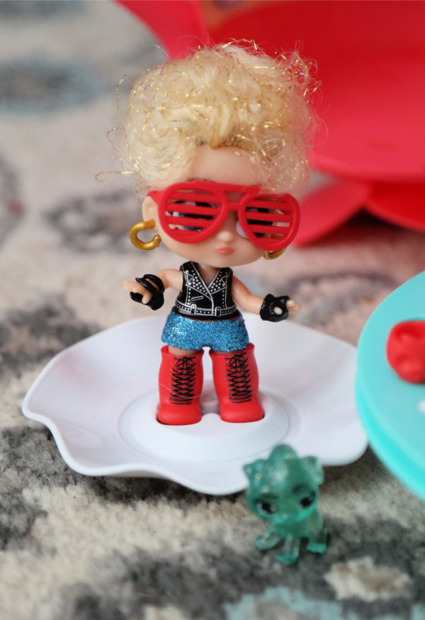 Itty Bitty Prettys Rockstar Doll