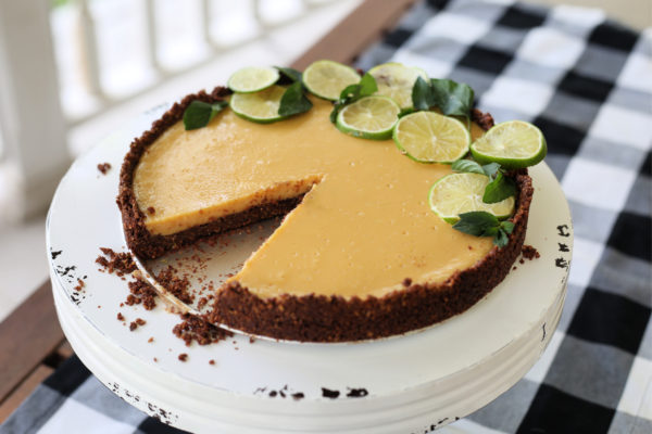 Key Lime Pie with Chocolate Crust